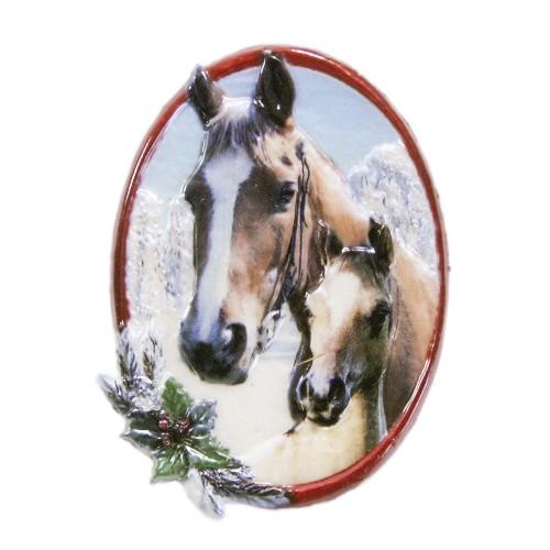 Wachsornament, Pferde im Winter, farbig, geprägt, 8x6cm