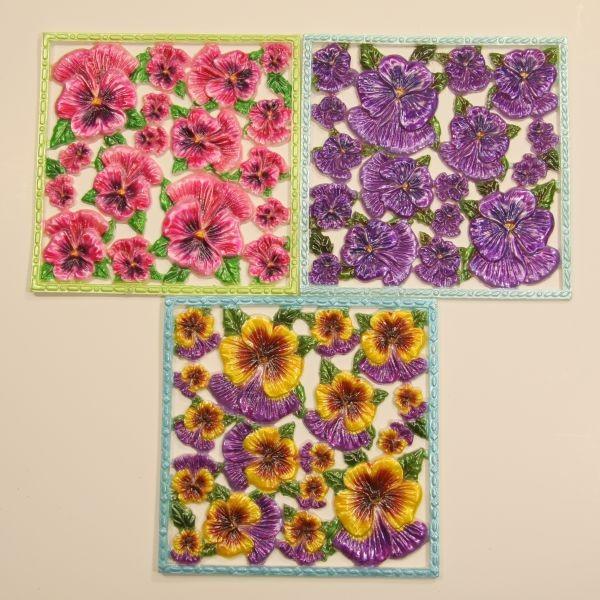 Wachsornament-Platten, Stiefmütterchen, 10 x 10 cm, 3er Set