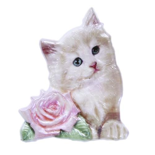Wachsornament, Katze mit Rose, farbig, geprägt, 7,5x6cm