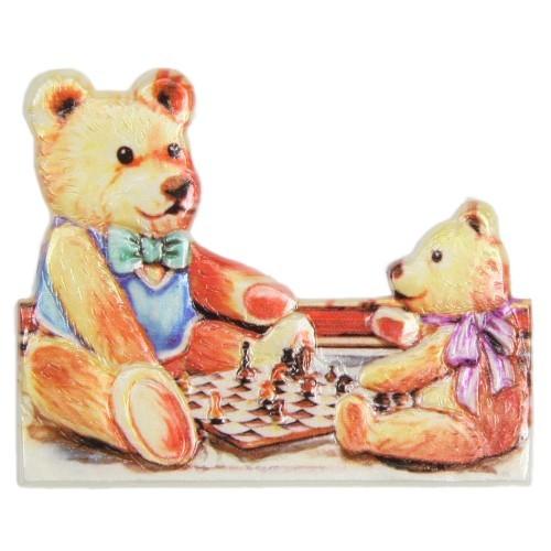 Wachsornament Teddys beim Schach, farbig, geprägt, 6 x 7,5 cm