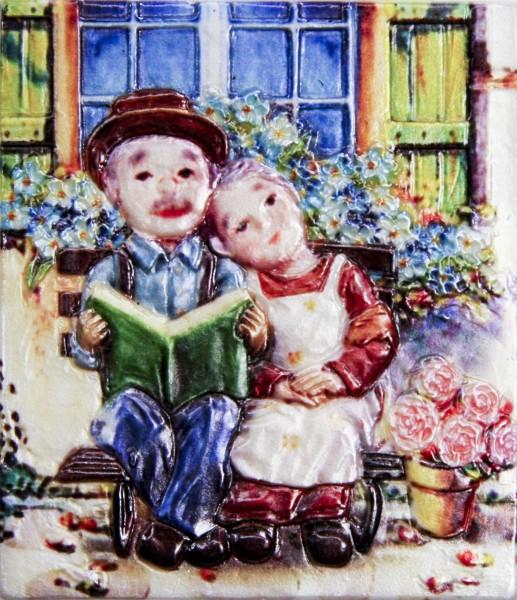 Wachsbild, Oma & Opa auf Bank mit Buch, 8 x 7 cm