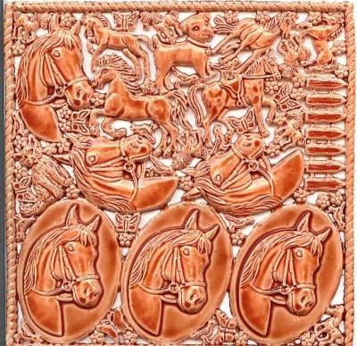 Wachsornament-Platte Pferde, 16 x 16 cm, braun-glanzlack