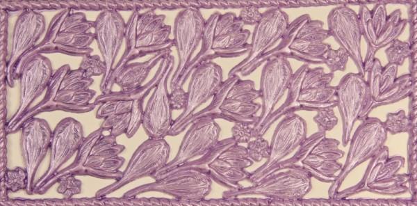 Wachsornament-Platte Krokusse, 16 x 8 cm, flieder
